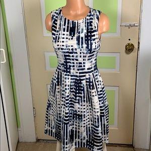 Vince Camuto sz 6 blue tan white dress sleeveless